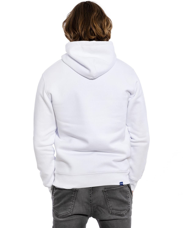"""Rücken-Ansicht des hochwertig bestickten und flauschig-weichen Herren Hoodie """"ALEX"""" in der Farbe Weiß von der Saarland Marke La sarre mit dem LASARRE Wappen in Blau, Weiß, Rot auf der linken Brust und dem blauen LA SARRE Markenzeichen am Saum und im Nackenbereich"""